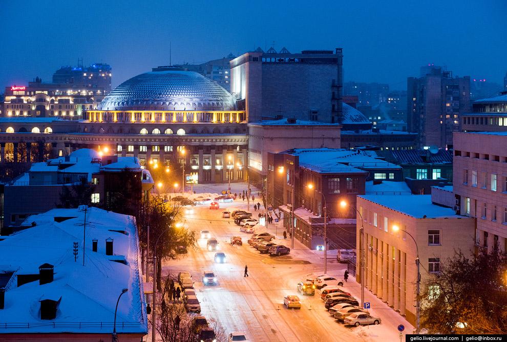 Улица Серебренниковская.