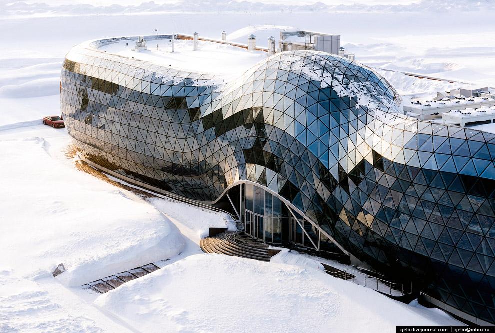 «Стеклянная змея», здание Биотехнопарка в наукограде Кольцово.