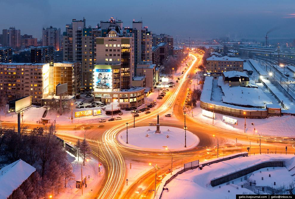 Площадь Трубникова и улица Железнодорожная.