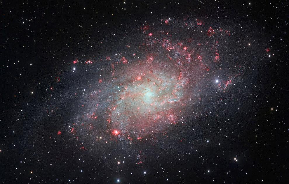 Галактика Треугольника — спиральная галактика типа Sc в созвездии Треугольника