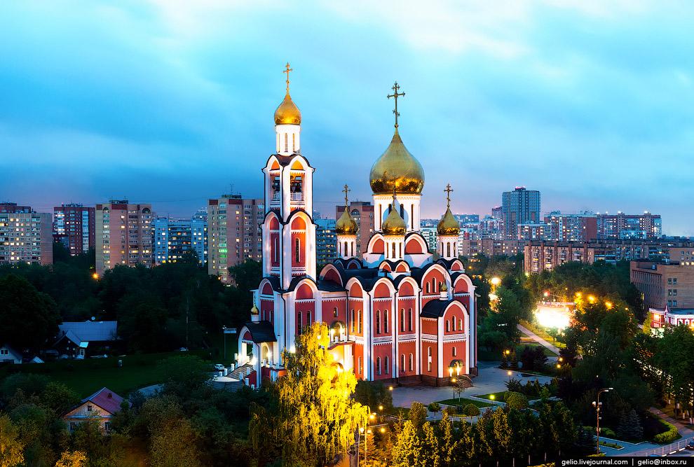 Собор Святого Великомученика Георгия Победоносца построен в 2007 году. Является одним из самых больших в Московской епархии.