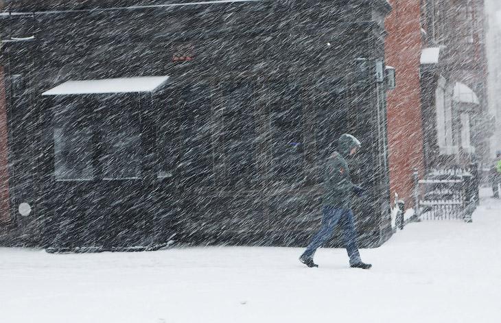 Снегопад в Бруклине, Нью-Йорк