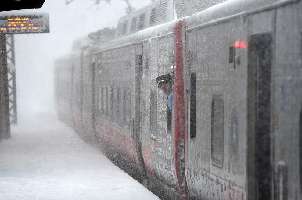Снежный поезд в Гринвиче, штат Коннектикут