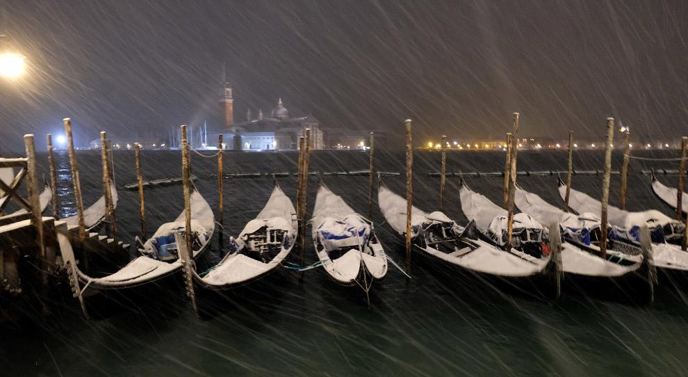 В Венеции тоже бывает снегопад