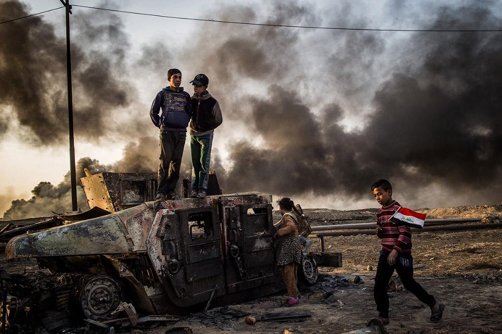Будни к юго-востоку от Мосула в Ираке