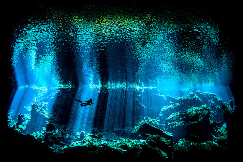 Сенот на полуострове Юкатан в Мексике