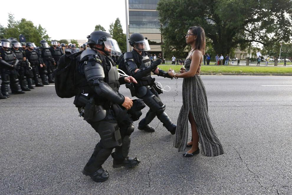 Акция протеста против жестокости полиции в штате Луизиана, США, 9 июля 2016