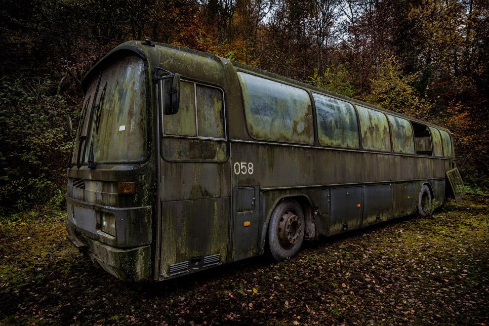 Междугородний автобус Mercedes-Benz O303