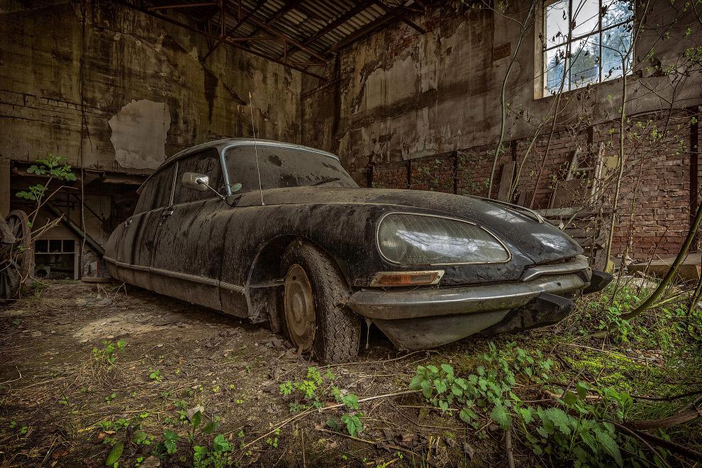 Citroën DS — автомобиль бизнес-класса