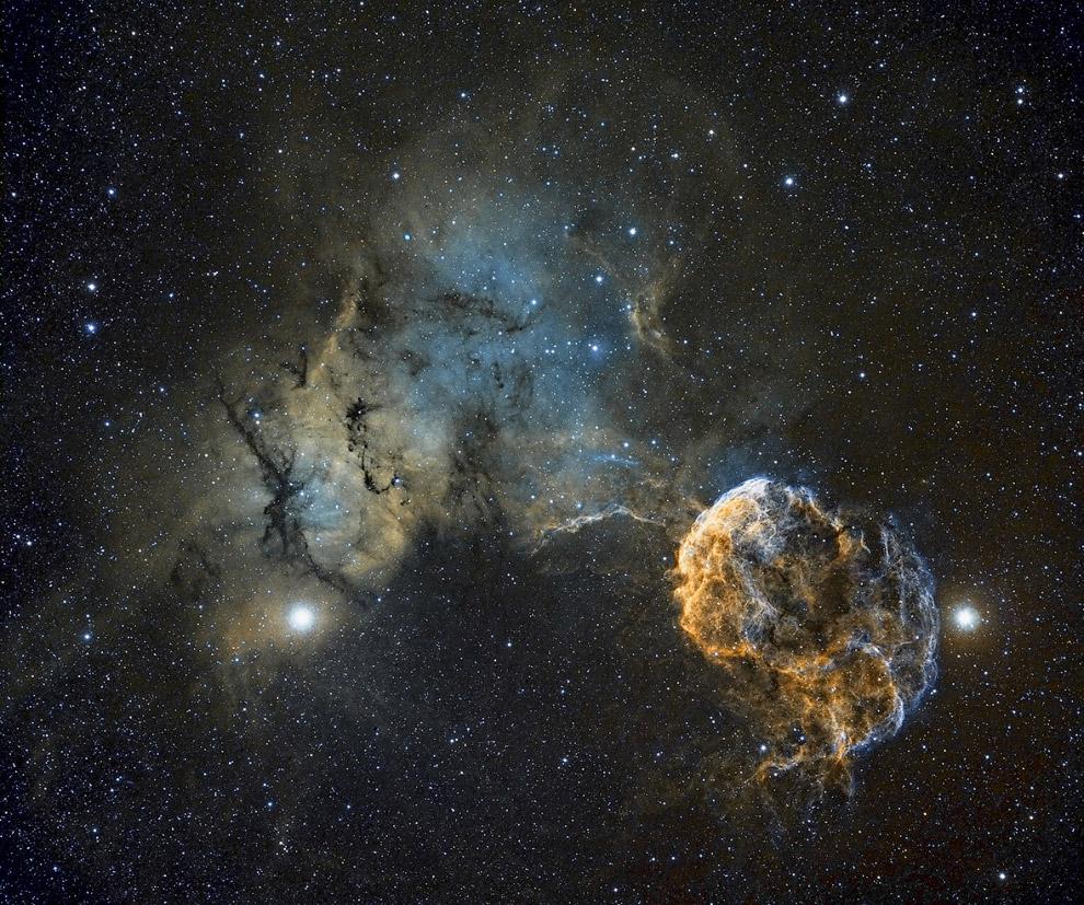 Планетарная туманность Медуза в созвездии Близнецов