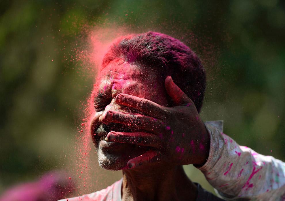 Фестиваль красок Холи в Мумбаи