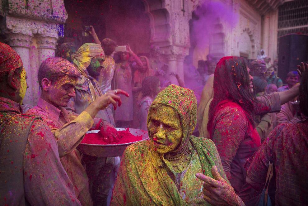 Фестиваль красок Холи 2017