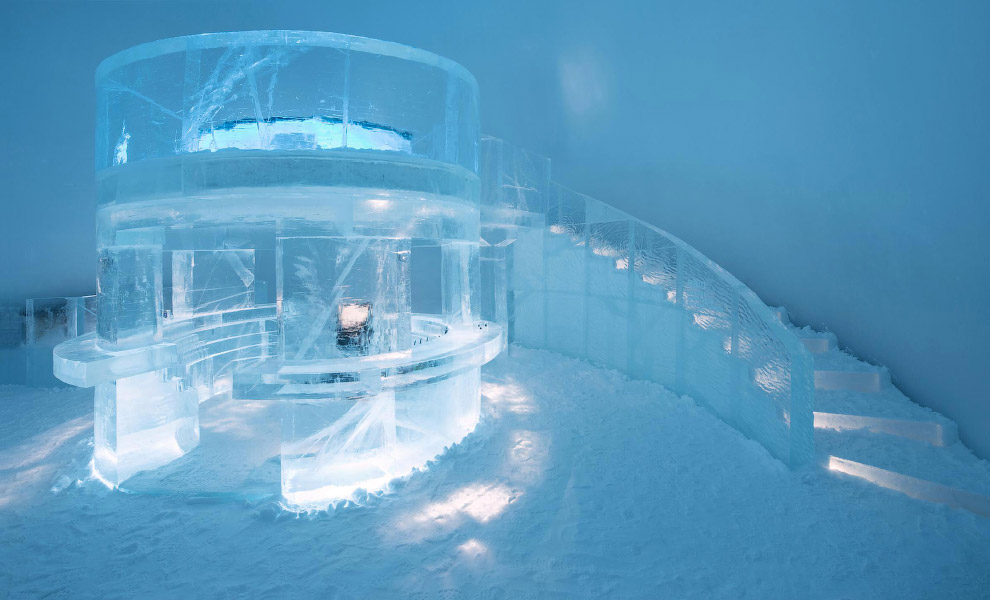 И ледяные лестницы