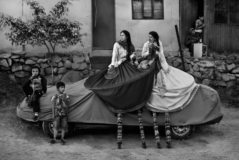 Перерыв у уличного театра в Лиме, Перу