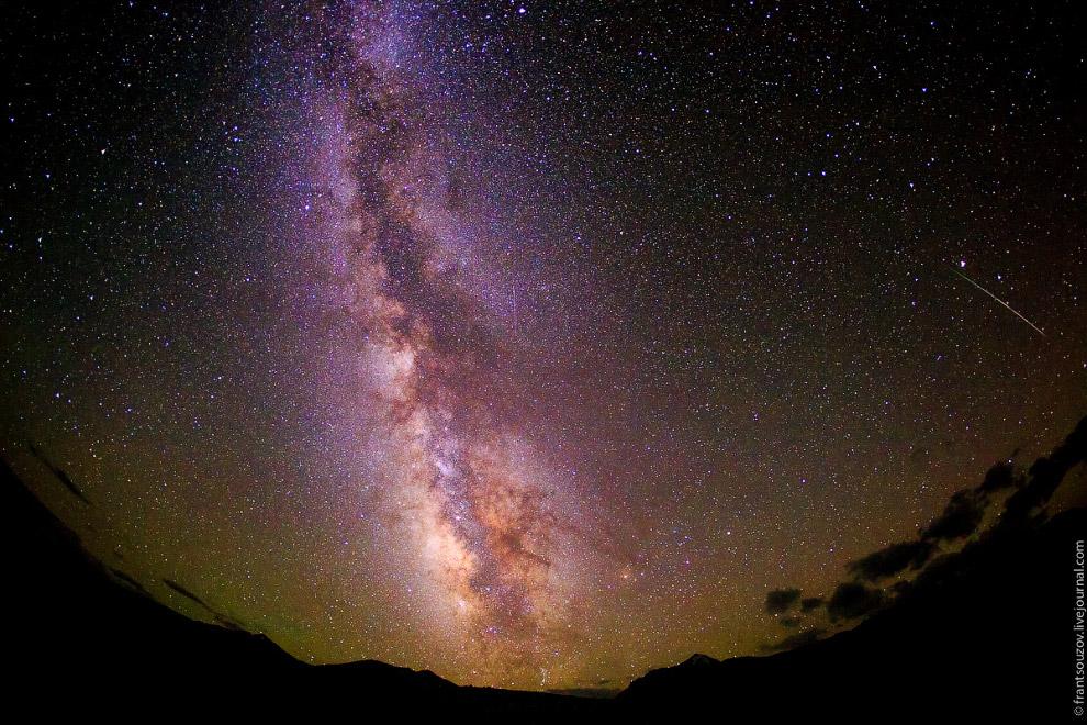 И падающие звёзды.