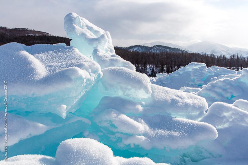 Торосы на Байкале