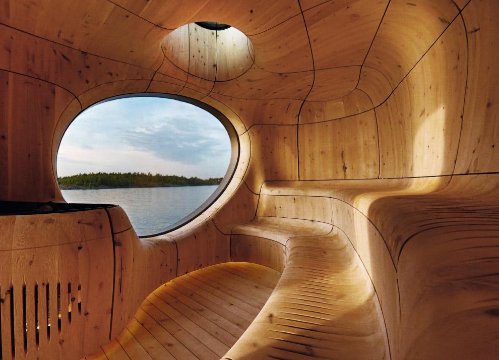 Эта сауна расположена на берегу озера Гурон в Канаде
