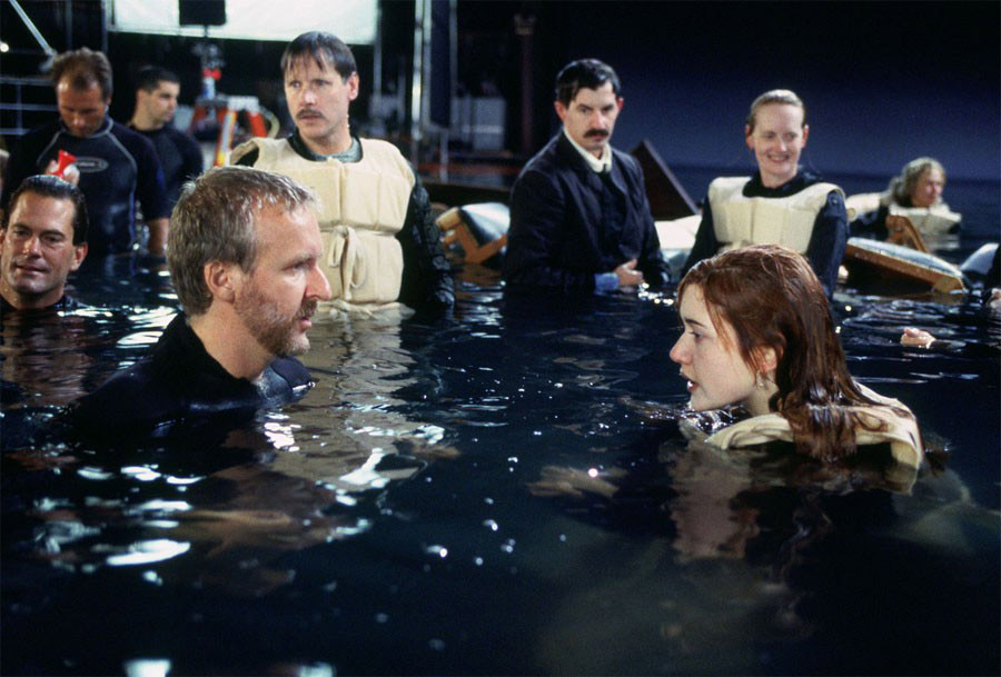Джеймс Кэмерон и Кейт Уинслет на съёмках фильма «Титаник»