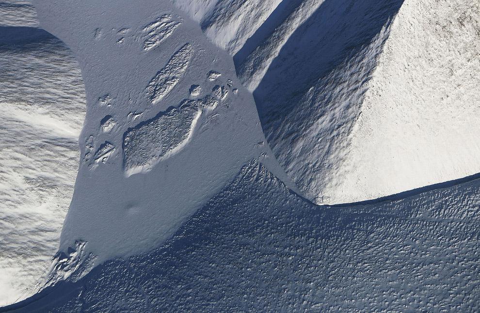 Снег и лед на острове Элсмир, Канада