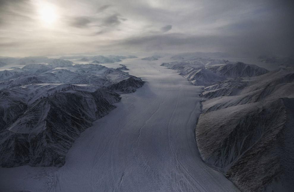 Ледник на острове Элсмир, Канада