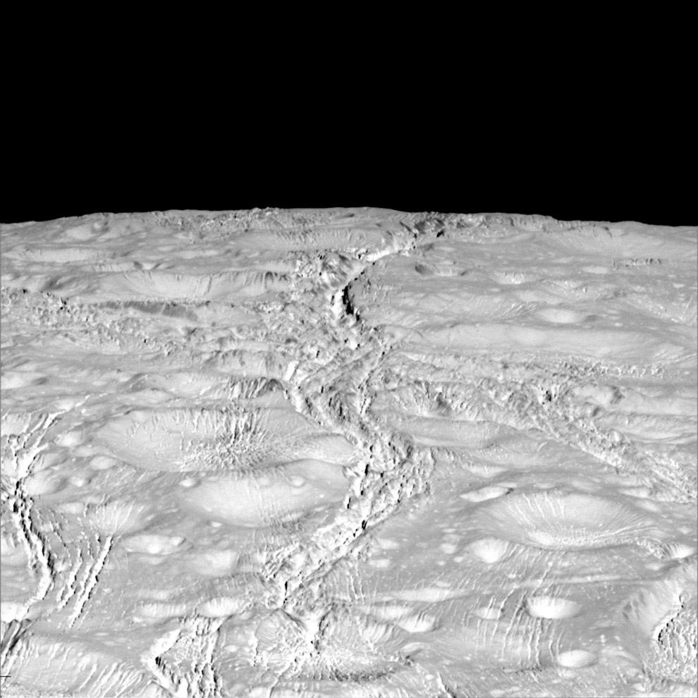 Северный полюс ледяной луны Сатурна Энцелада