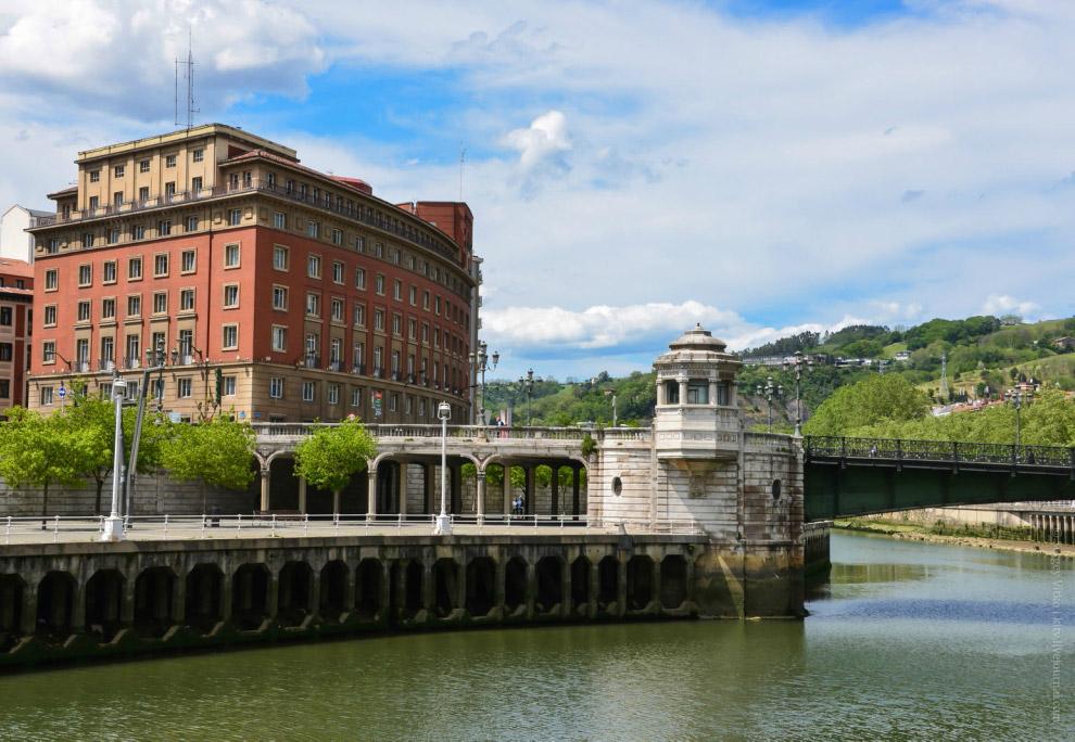 Разводной мост Puente del Ayuntamiento