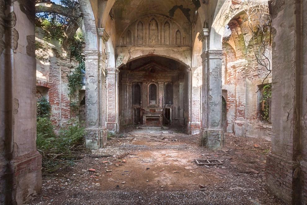 Церковь в Италии.