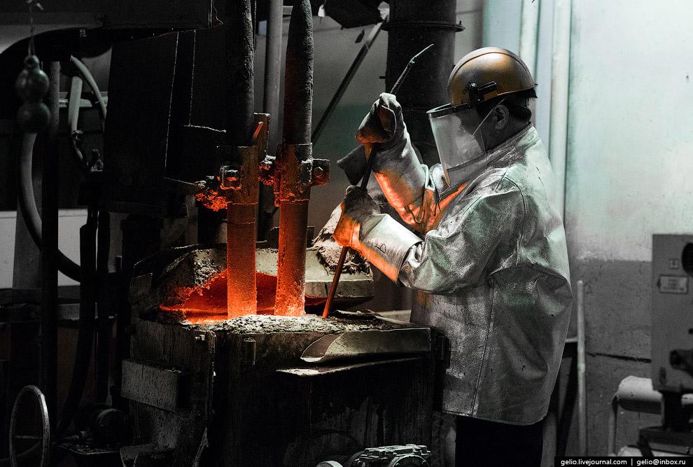 Плавильная печь на руднике Холбинский, БурятияПлавильная печь на руднике Холбинский, Бурятия