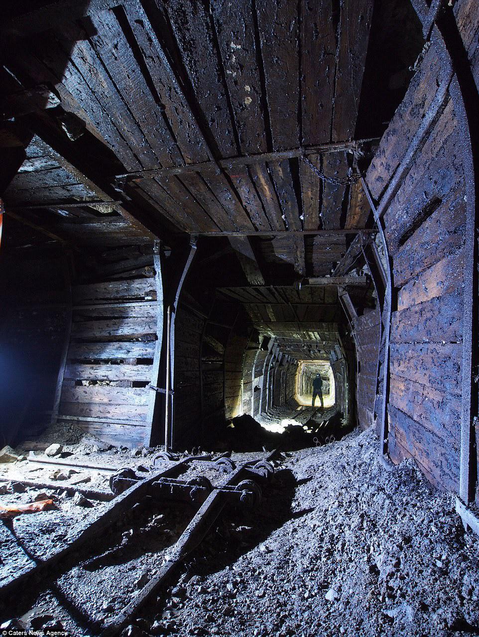 Флюоритовый рудник в графстве Дербишир