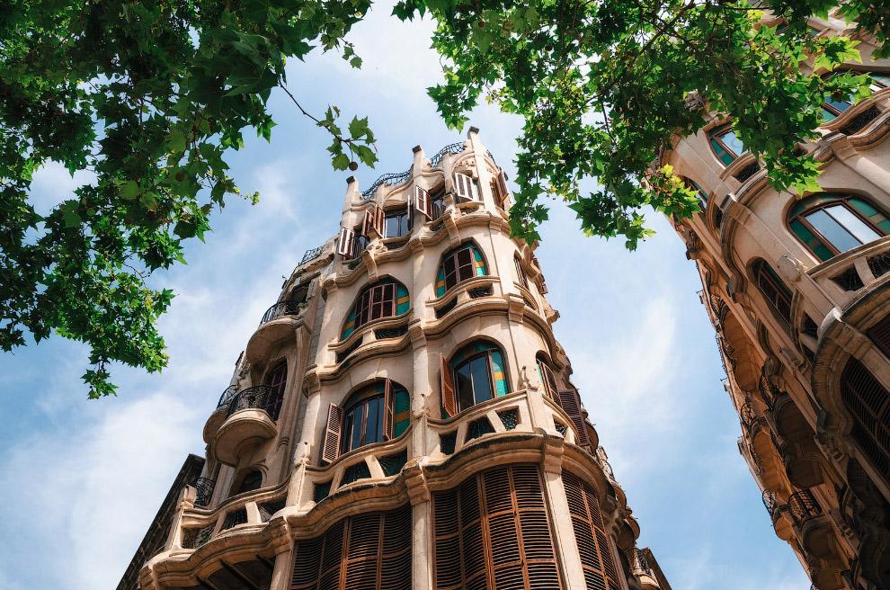 Кан Касасаяс. Здания в стиле «арт-нуво».