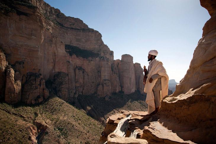 Красивая и разноцветная Эфиопия
