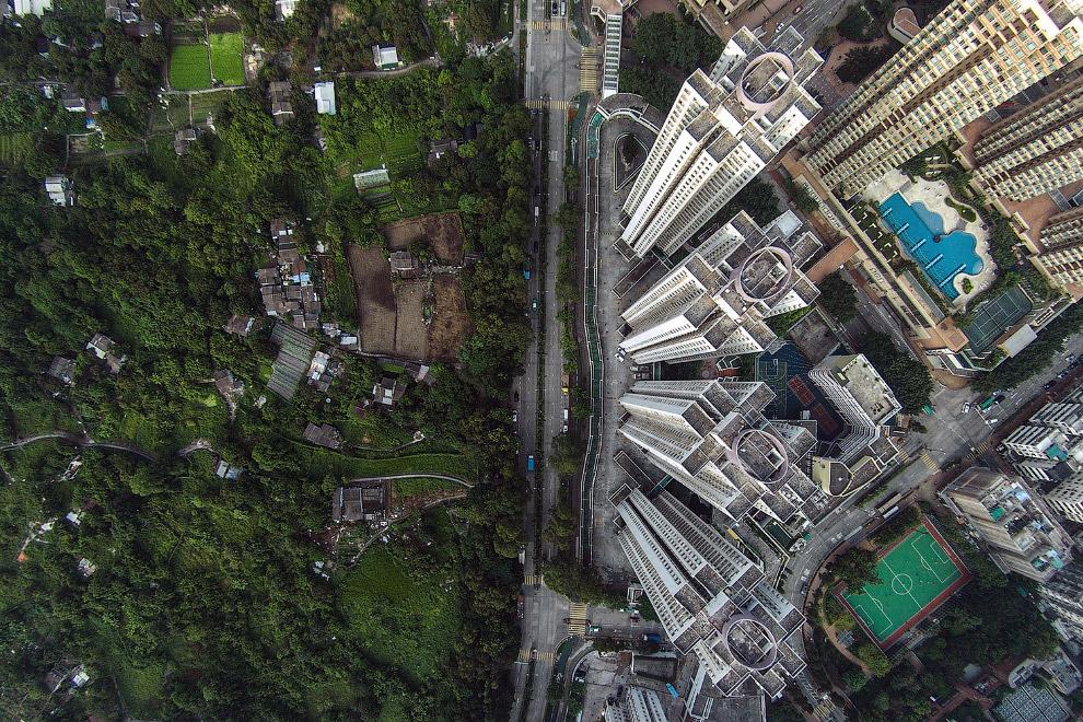 Жилые кварталы наступают на природу