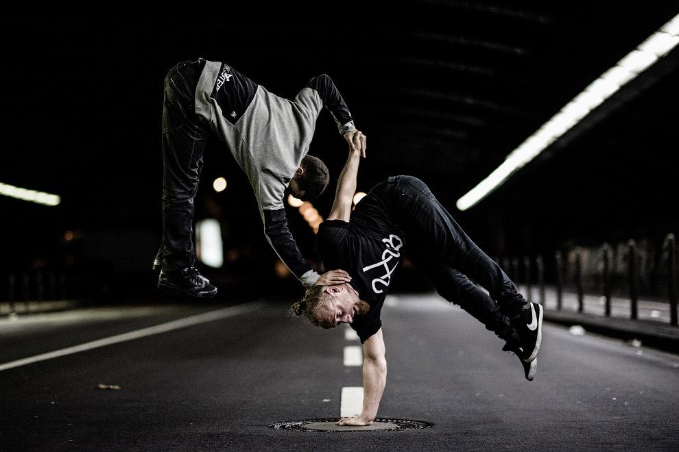 Силовые гимнасты