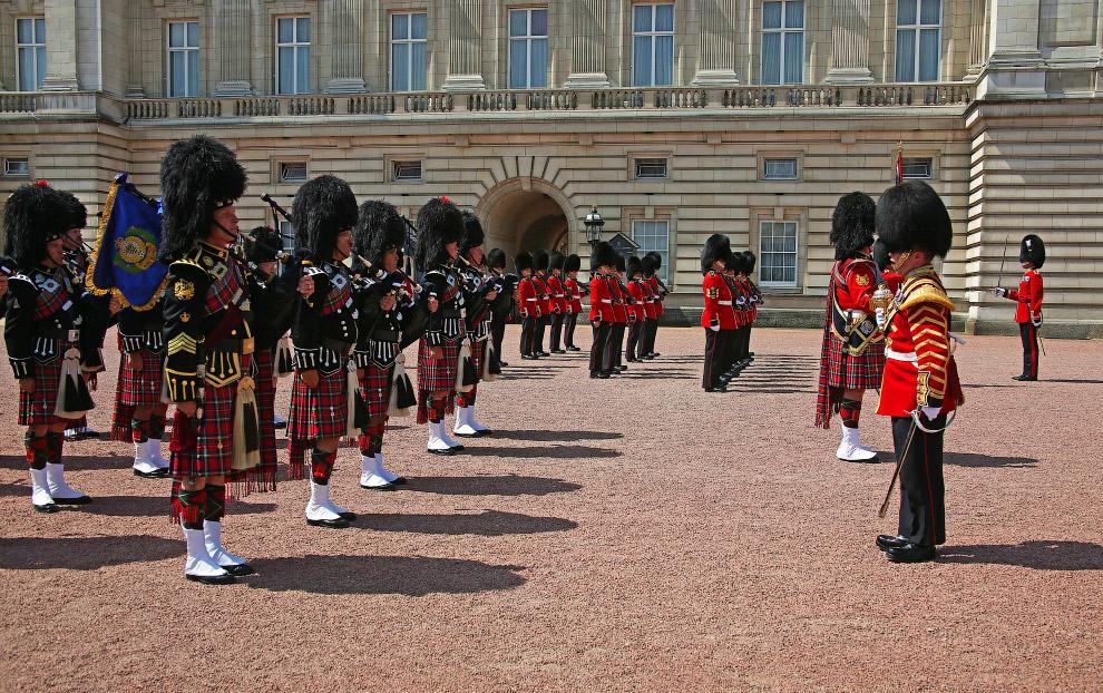 Караул Букингемского дворца