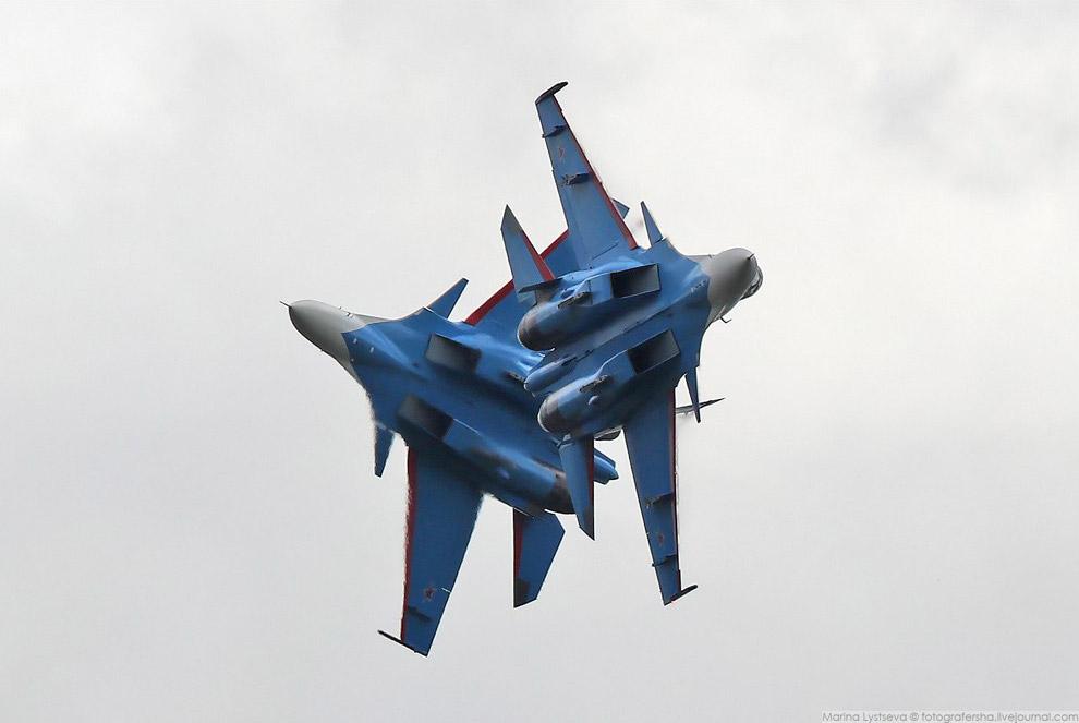 Встречный пилотаж: Андрей Алексеев, Олег Ерофеев.