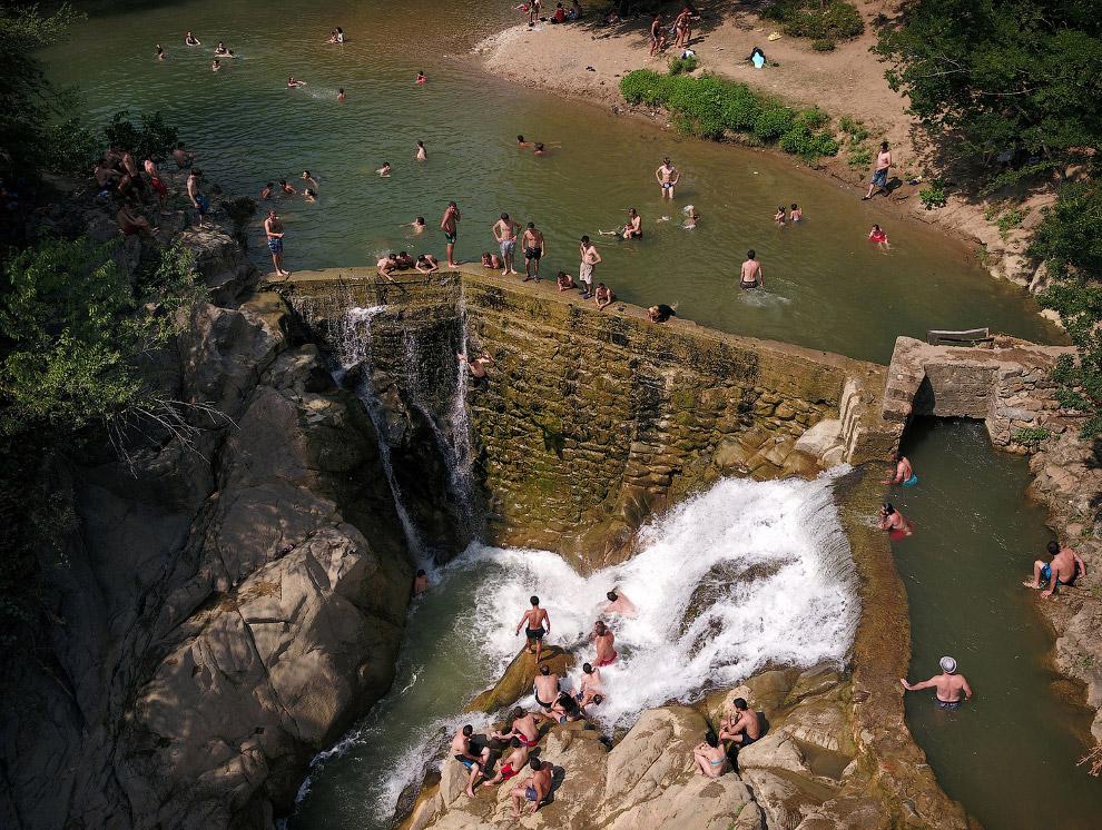 Водопад Самцвера близ города Зестафони