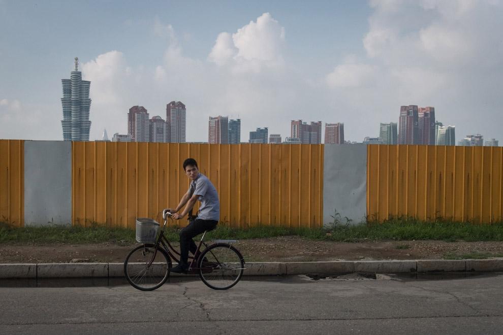 Пхеньян строится