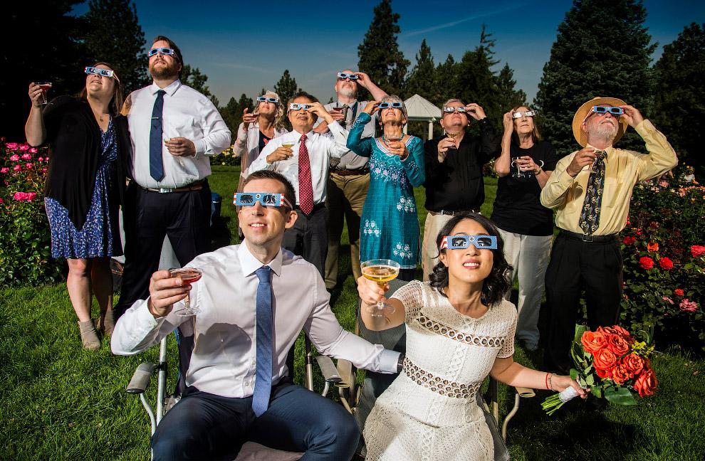 Свадебная церемония совпала с солнечным затмением