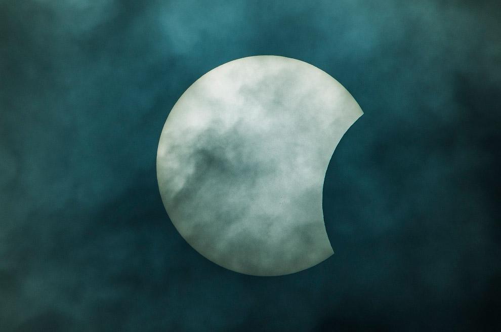 30-процентное солнечное затмение