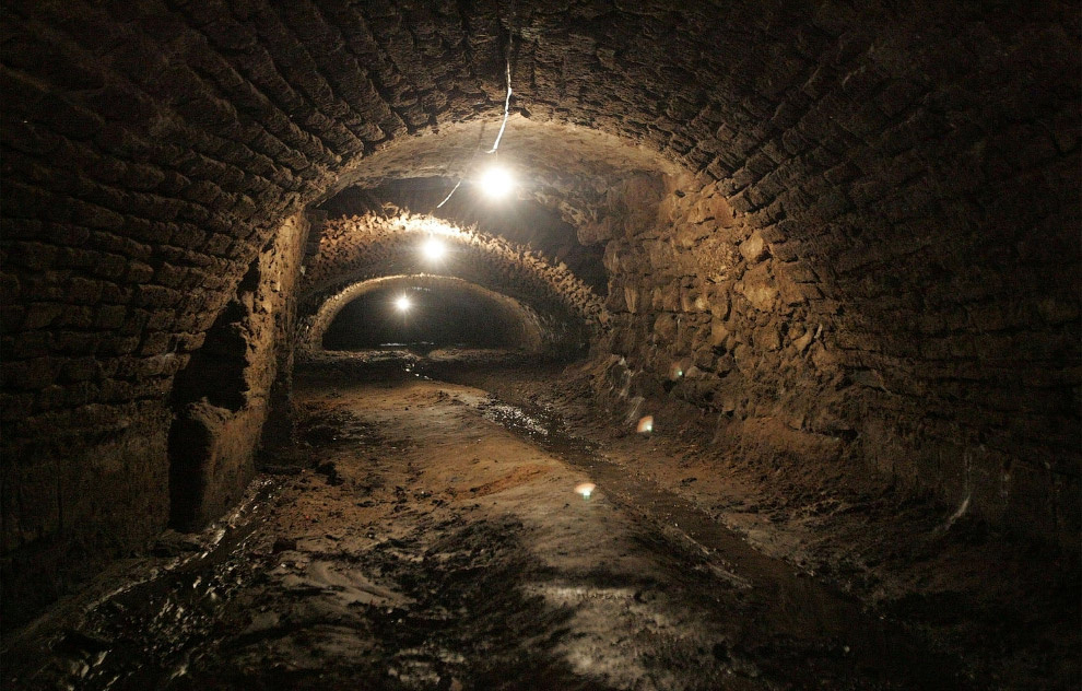 Mexico Old Tunnels