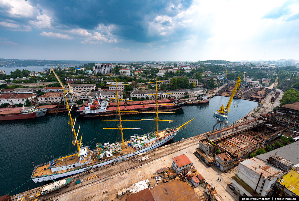 Филиал «Севастопольский морской завод» Центра судоремонта «Звёздочка»