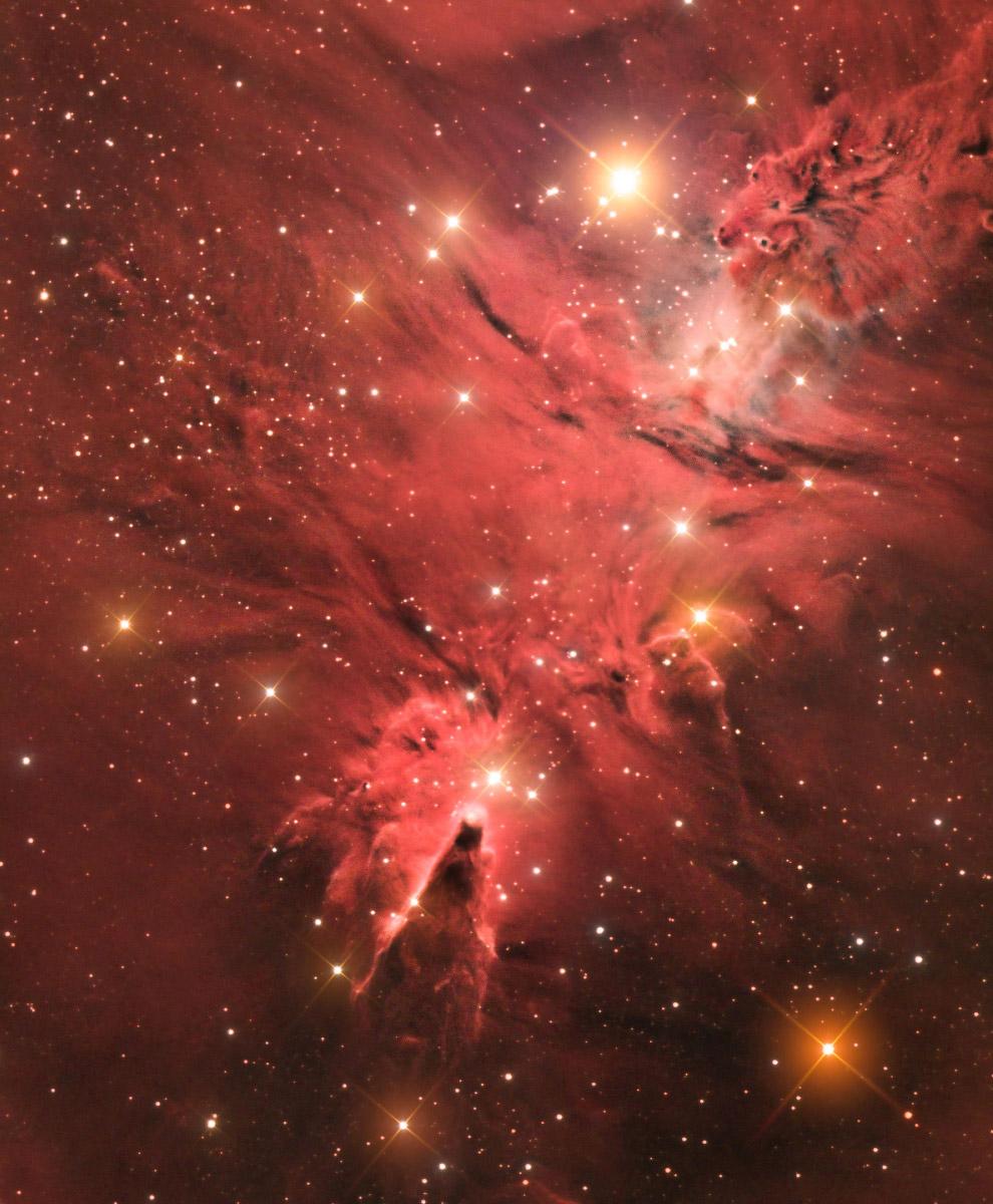 Рассеянное звёздное скопление Снежинки или NGC 2264, связанное с туманностью, расположенное в созвездии Единорога