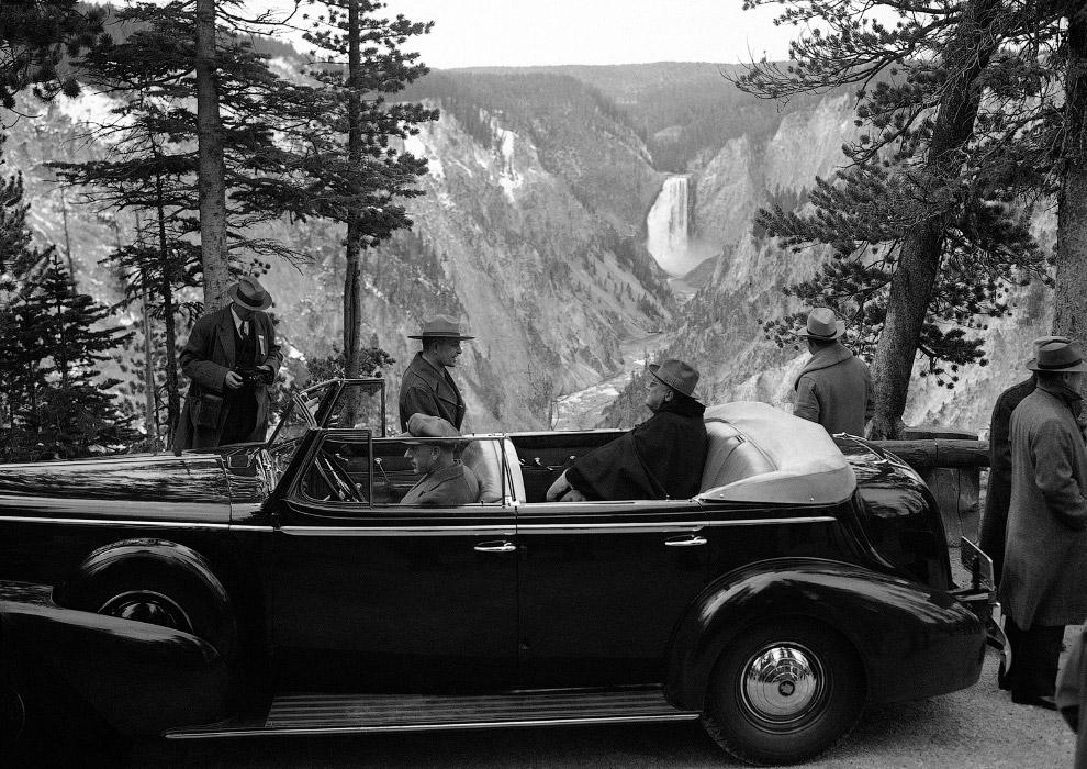 Президент США Франклин Д. Рузвельт в Национальном парке Йеллоустоун, 1937 год