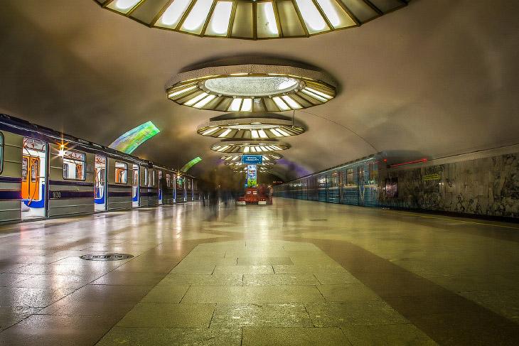 Станция «Буюк Ипак Йули»: