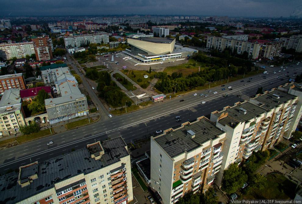 спортивно-концертный комплекс имени В. Н. Блинова.