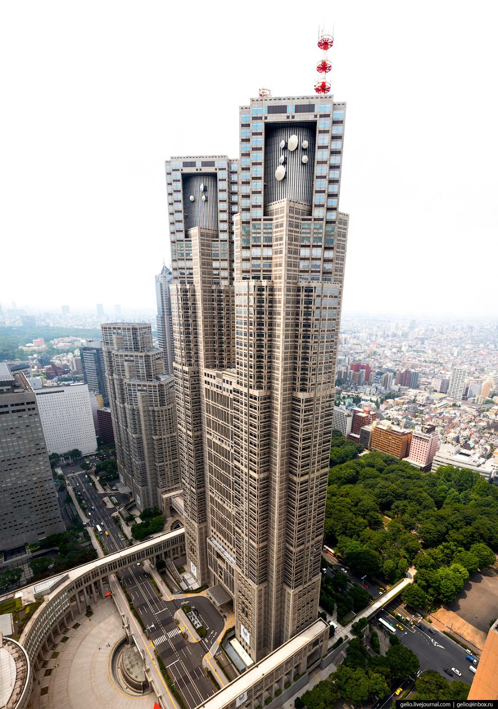 Токийская мэрия (Tokyo Metropolitan Main Building Number)