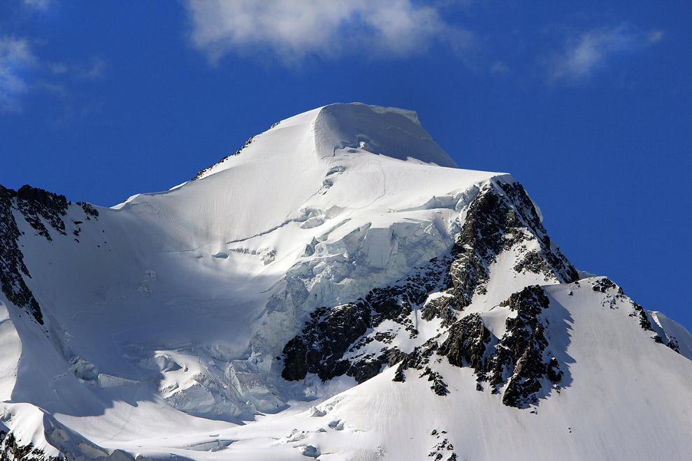 Восточная Белуха (4506 м)