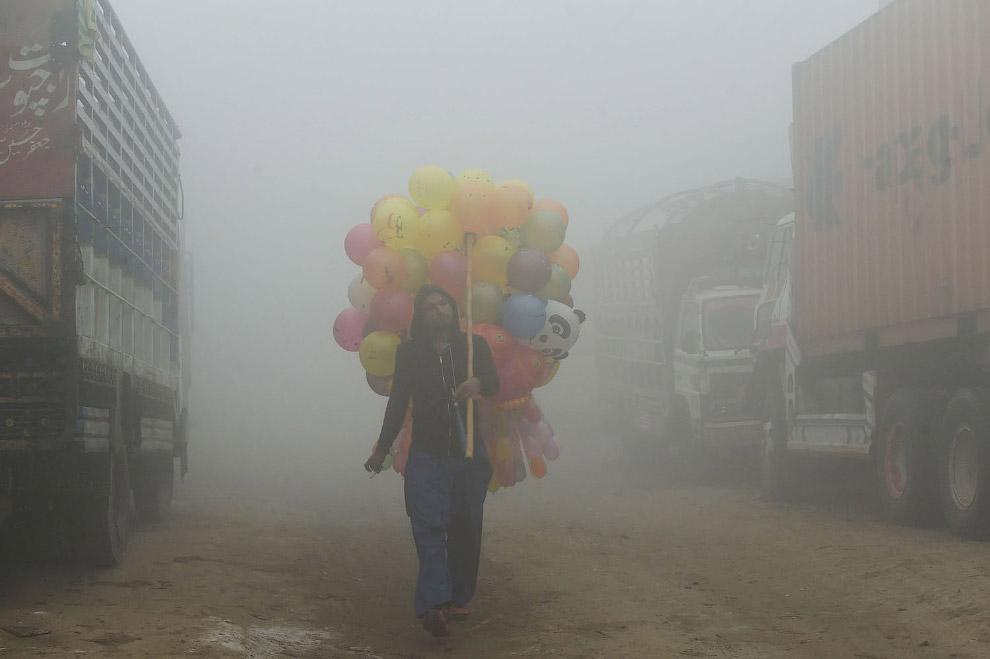 Картинки по запросу дым в индии