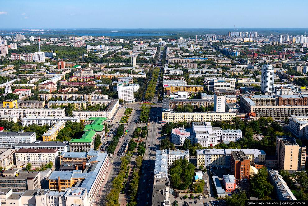 Проспект Ленина — главная улица Екатеринбурга.