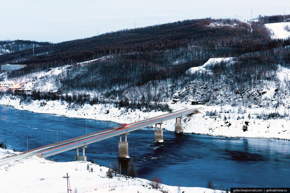 Мост через Вилюй. Трасса «Мирный — Удачный».